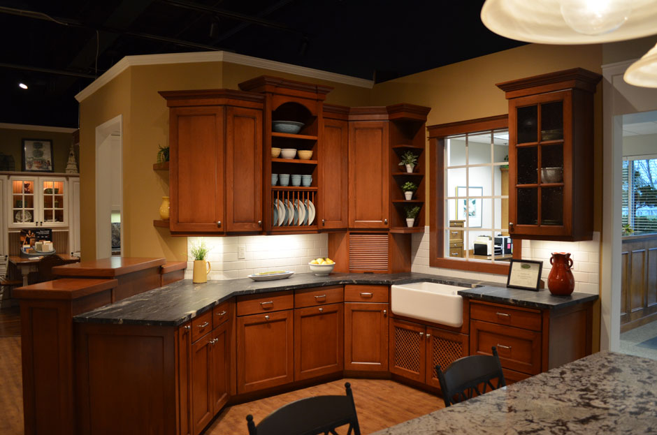 Hayes cabinets inc showroom for Kitchen library portland